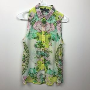 Short sleeve floral button up blouse
